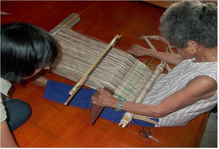 噶瑪蘭香蕉絲編織工藝