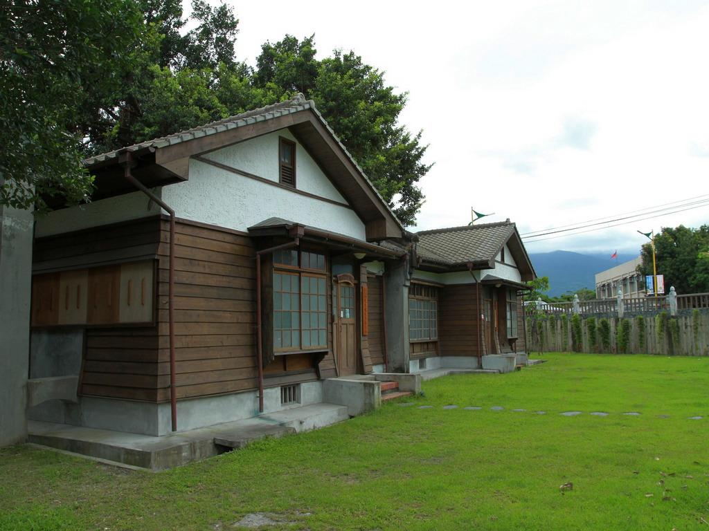 美崙溪畔日式宿舍外觀。拍攝:黃家榮