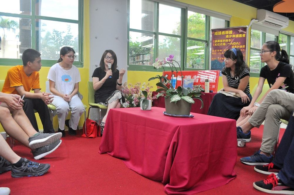 楊淑梅科長分享遊歷中亞的異文化體驗。
