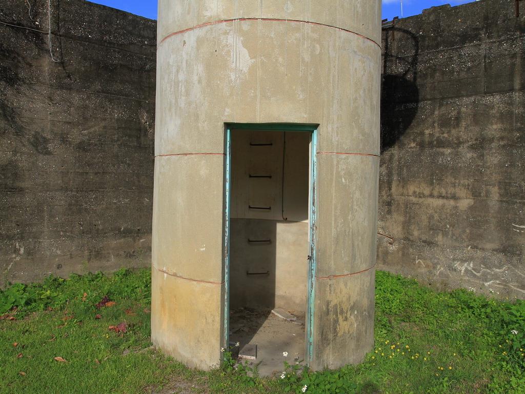 花蓮舊監獄遺蹟-靠近花蓮市中山路及明智路口處的瞭望台入口處一景。  拍攝:黃家榮