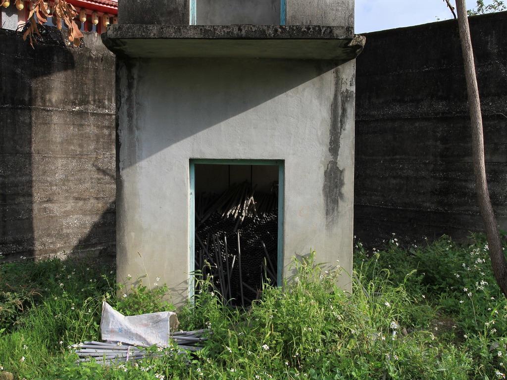 花蓮舊監獄遺蹟-明智街口處瞭望台一樓入口處特寫  拍攝:黃家榮