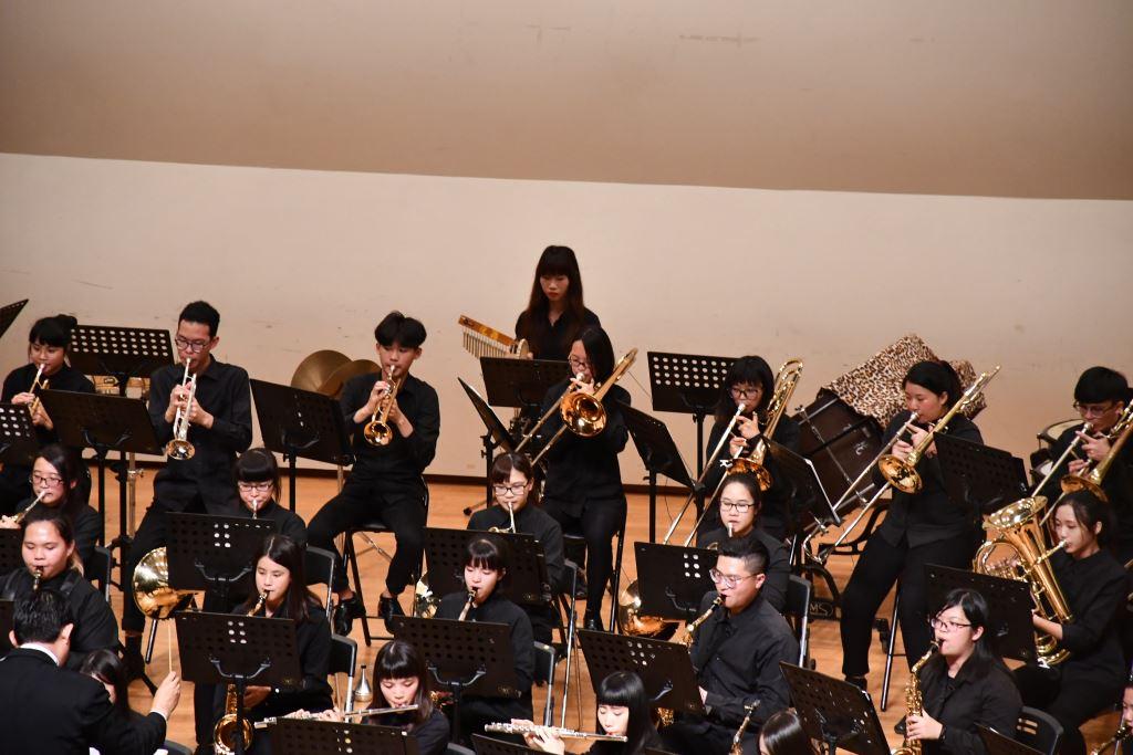 106學年度花蓮高商國、管樂音樂成果發表會(5)