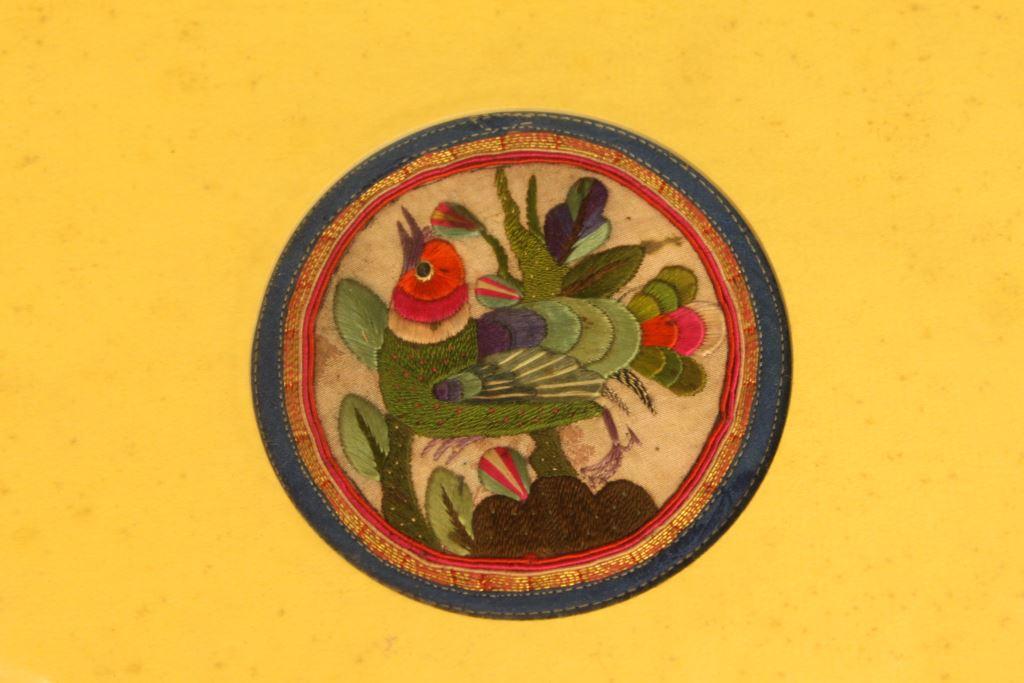 清代彩繡茶杯墊