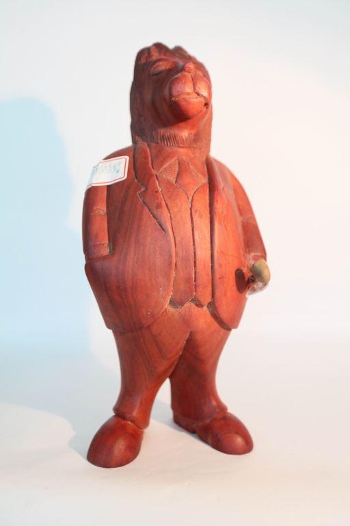 獸首人像木雕