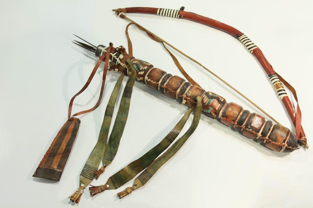 箭筒 (箭二支)
