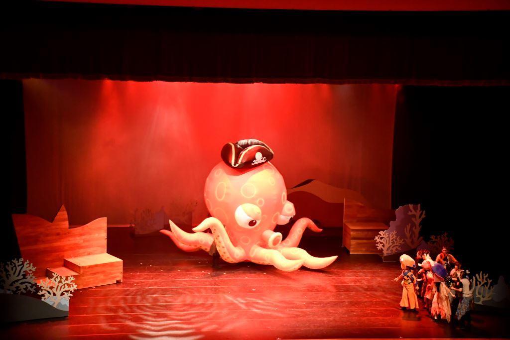 蘋果劇團「龍宮奇緣2-章魚怪盜與飛天船」(5)