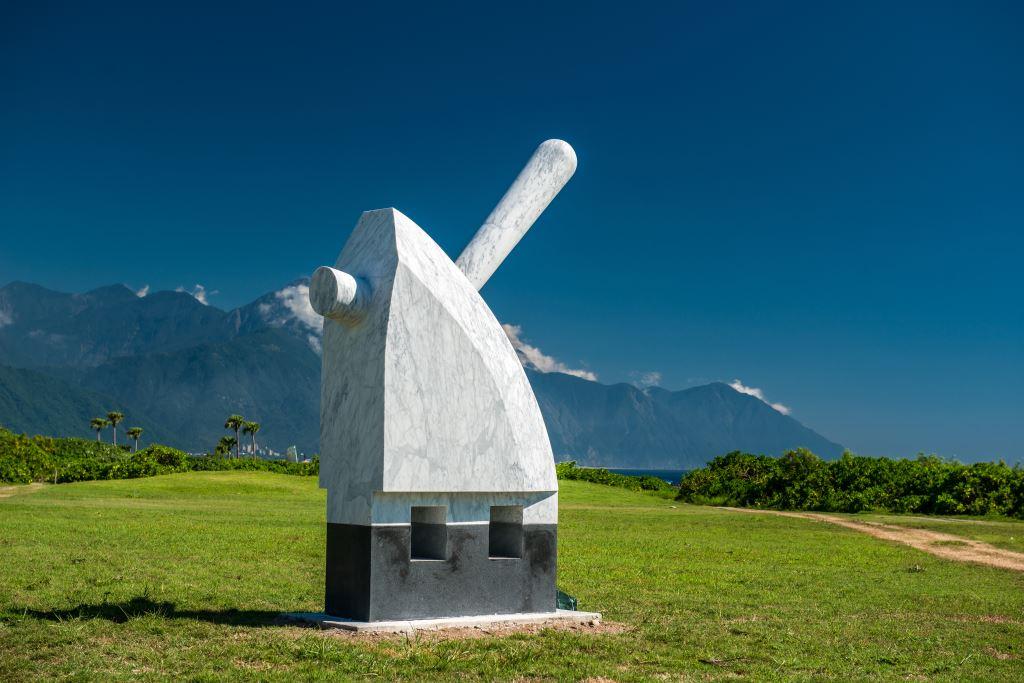 有藝思特工隊--109年花蓮公共藝術【石雕x花藝】工作坊及作品導覽研習