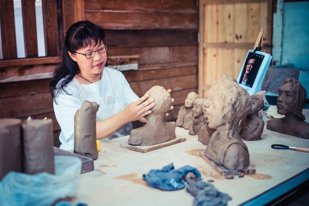 美學推廣活動:手作陶藝花器