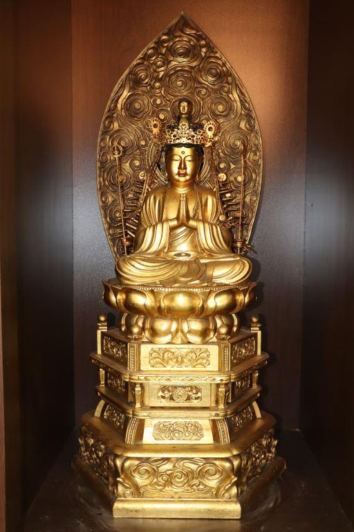 協天宮的日式千手觀音佛像